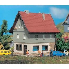 Vollmer 9554 Z Gauge Family Home
