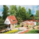 12235 Auhagen HO Kit of a Market garden